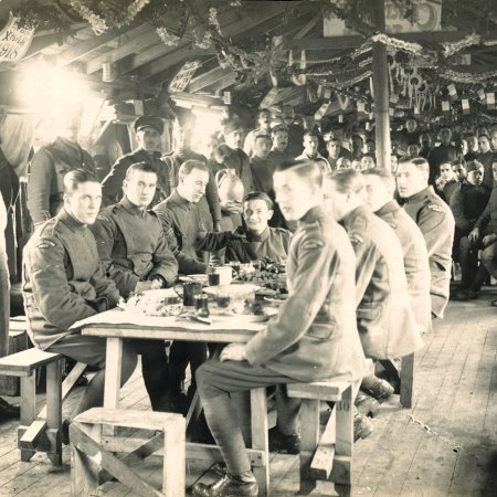 062 British Troops In Mess Tent Christmas 1918