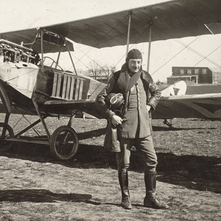 133 Albatros BII With Pilot In Flight Gear