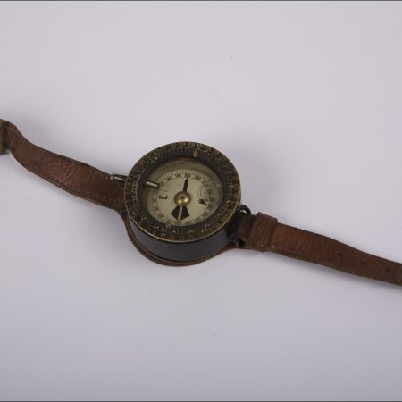 Pilots Possessions 004 RFC Wrist Compass
