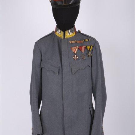 Uniforms 027 Austrian Pilot Tunic
