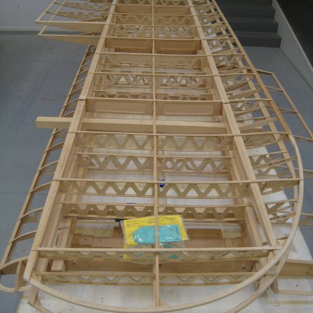 BE 2 C 062 Wing